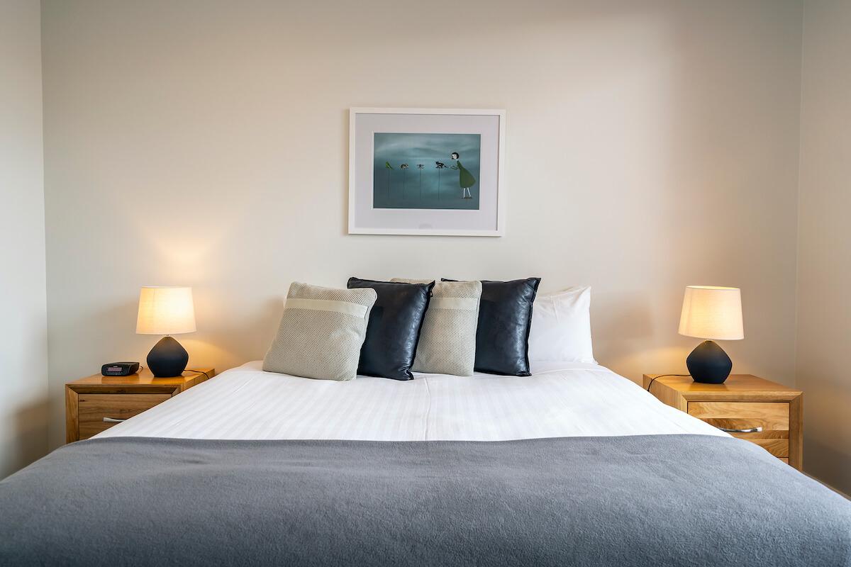 Collins Street 3 bedroom Hobart apartment